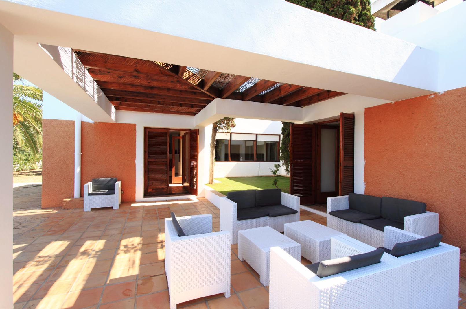 Architect house built in the heart of the village of Jesús