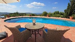 Wonderful Mediterranean-style villa with amazing views
