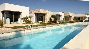 Very modern House between Santa Gertrudis and San Lorenzo