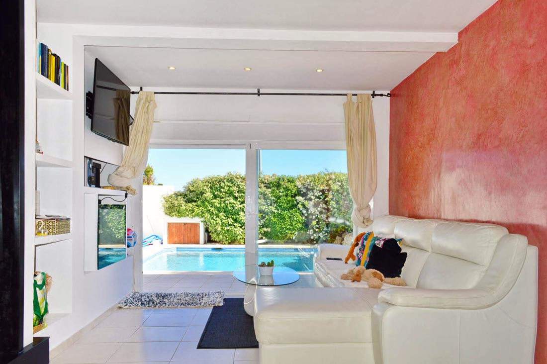 Pleasant property located in San Jordi a few minutes from Ibiza town
