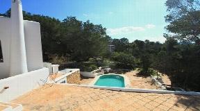 Rustic villa with fantastic views in ibiza