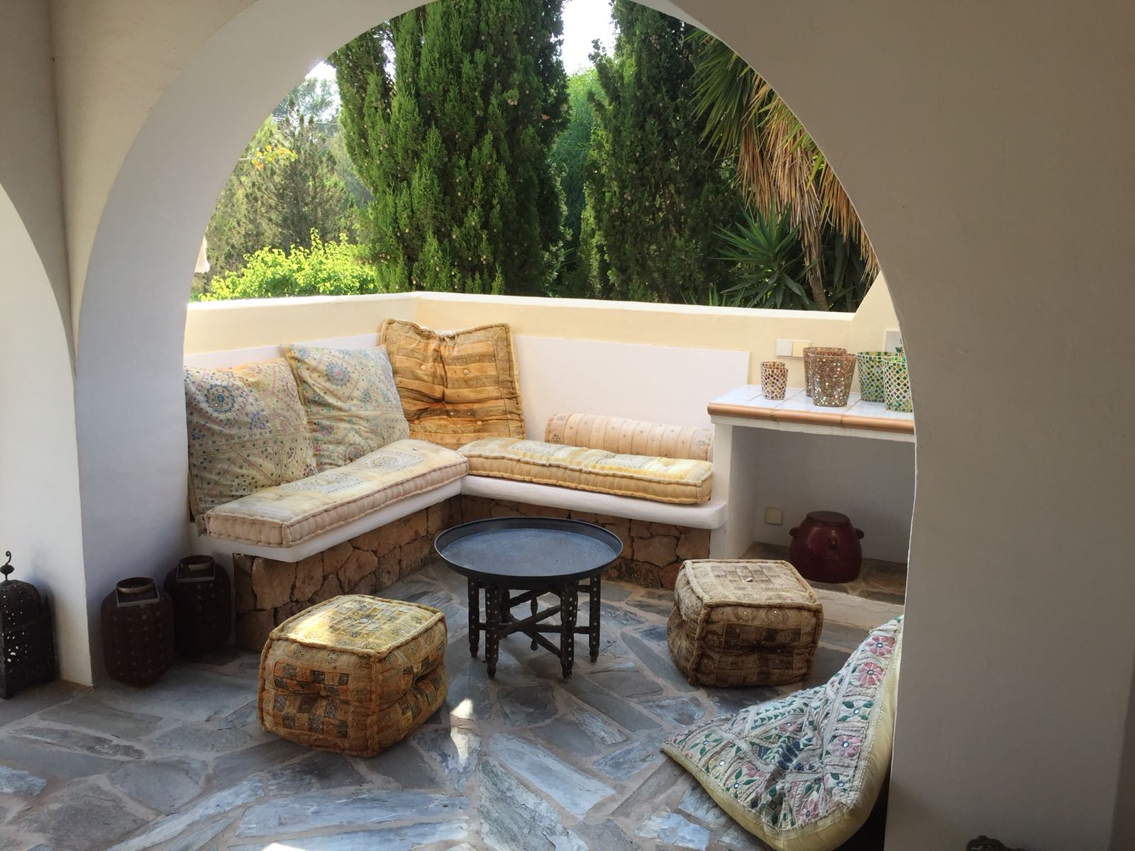 Nice house with large garden in Cala Nova
