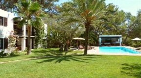 Exclusive Villa near to the city of Ibiza in a very quiet location
