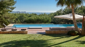 Elegant and spacious real estate with best views near to the centre of Ibiza