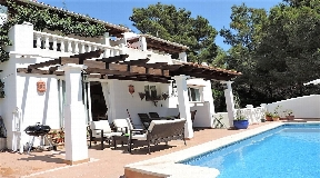 Sale of detached house located in the municipality of St eulalia del