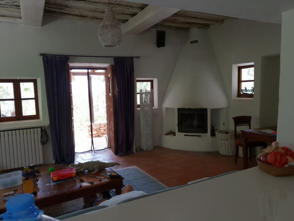 Finca with a lot of Charisma perfectly located on a huge plot near Santa Gertrudis