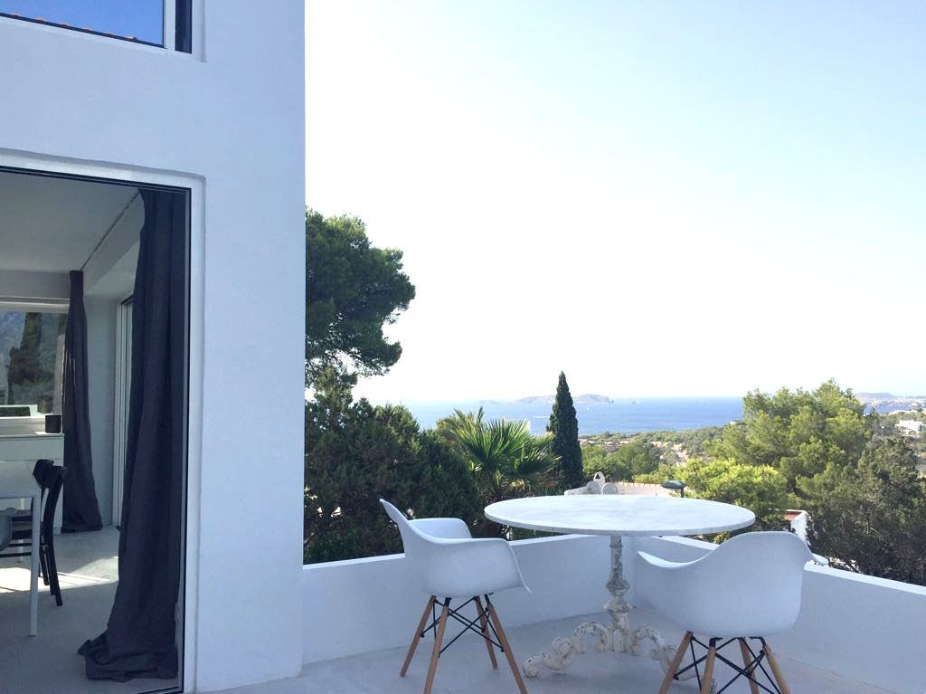Modern house with stunning views in Cala Vadella