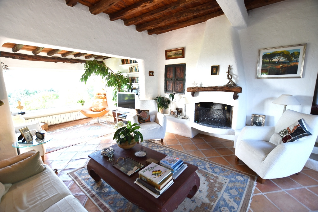Charming country cottage near the village of San Agustin