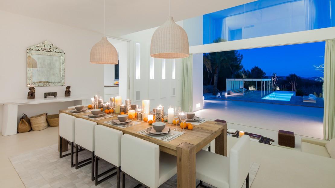 Modern villa located in Santa Gertrudis de Fruitera