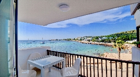 Stunning apartments on the coast of Caló d `s Moro