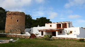 Casa payesa of more than 150 years for sale in Ibiza