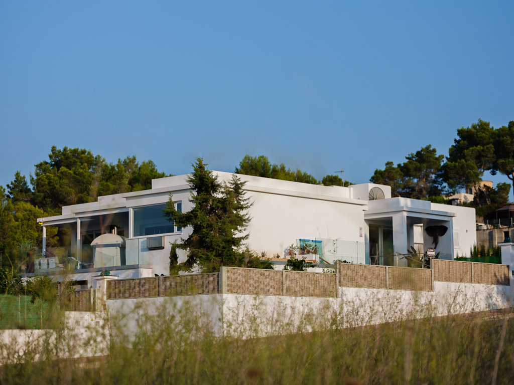 Villa near to the sea for sale with fantastic views