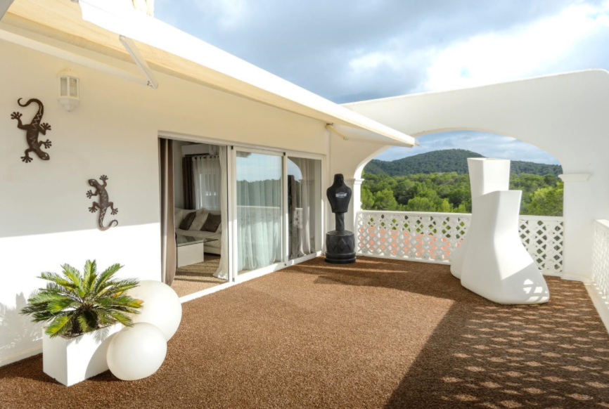 Fantastic villa in Can Furnet with nice views to the sea and Salinas