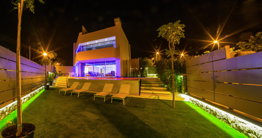 Highly modern villa for sale with sea views in Talamanca