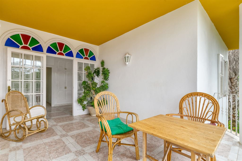 Beautiful house on Menorca in a very quiet green area of Alaior