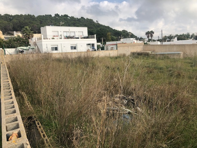 Urban plot of 1,054 m² in the Cas Mut area in Sant Jordi possibility to build a two-storey detached house with sea views