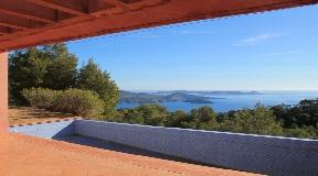 Lovely villa located between Es Cubells and Cal D'Hort