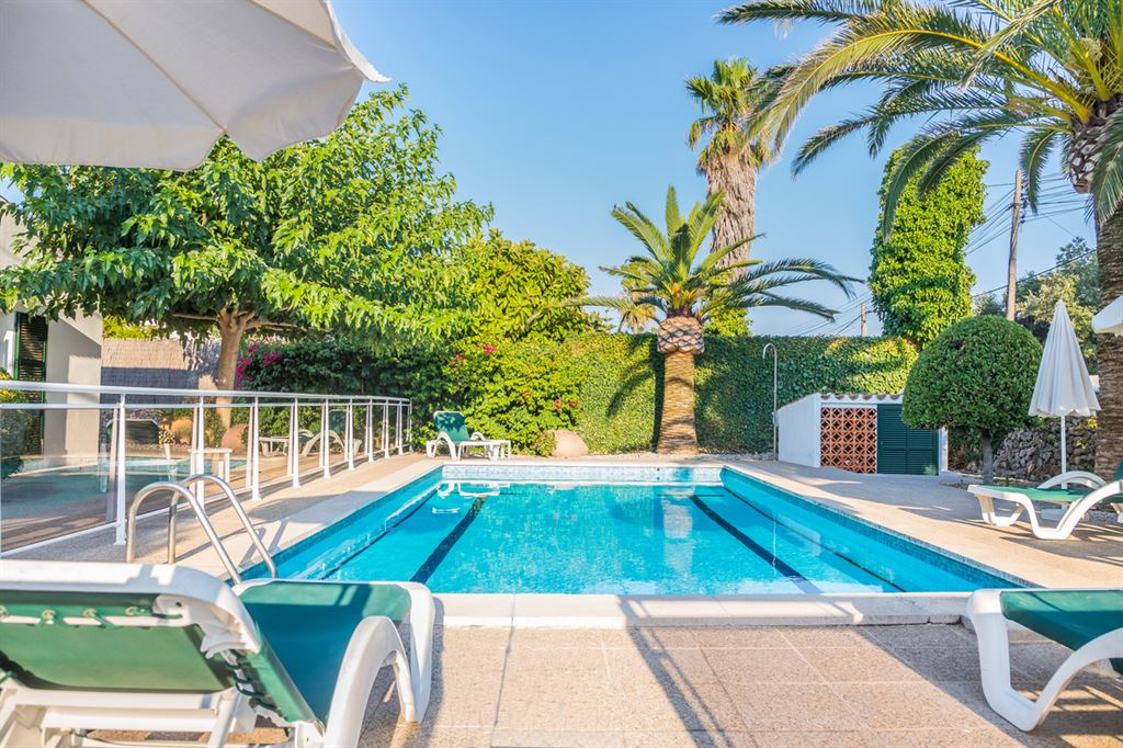 Exceptional residential house with pool in Trebaluger near Mahon in Menorca for sale