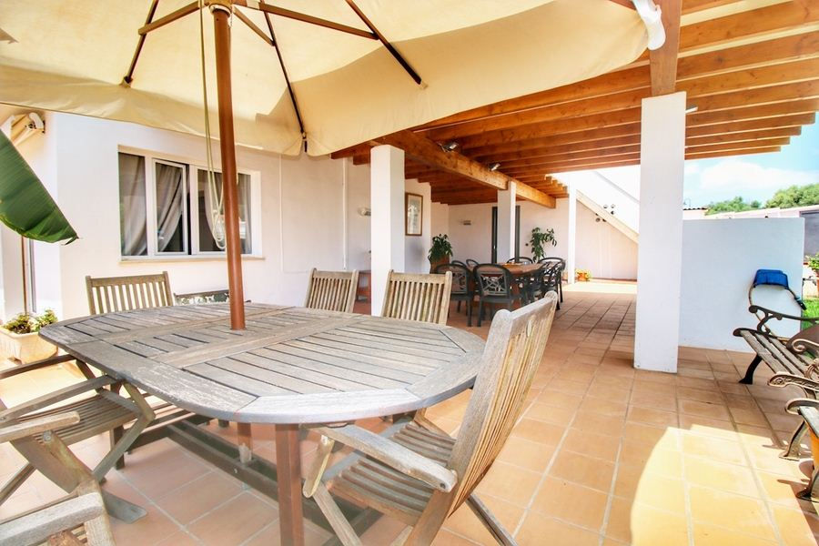 Villa with rental with license for sale on Menorca in Binibeca Vell