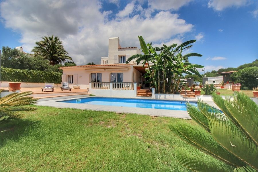 Villa With Rental With License For Sale On Menorca In