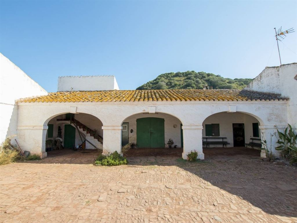Stunning property on the third highest place Menorca for sale