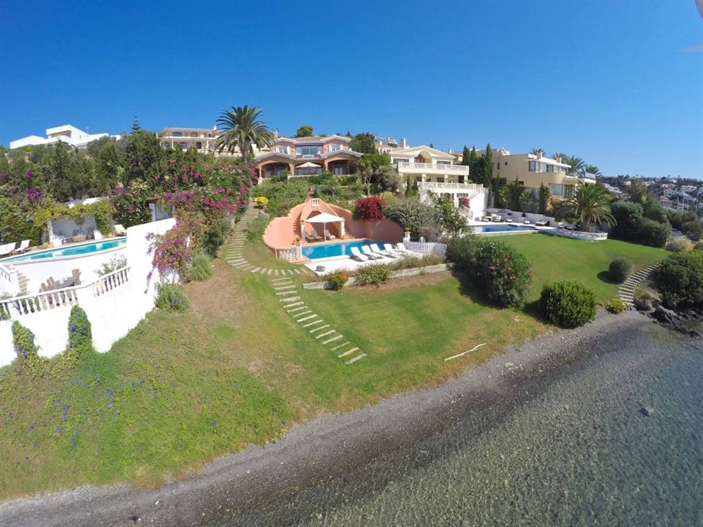 Villa in best and sought after location of Menorca for sale
