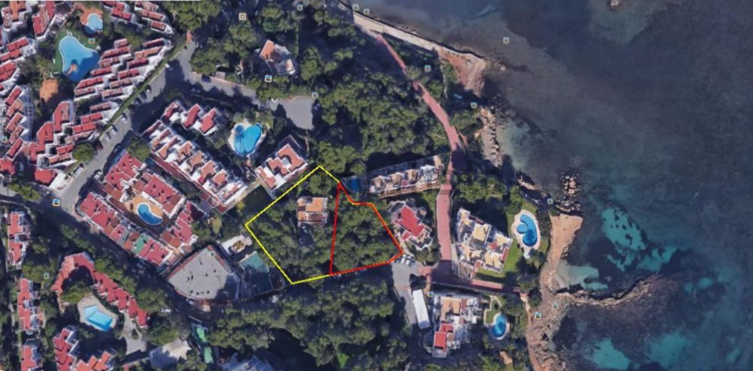 Land on sale near to the beach in Siesta