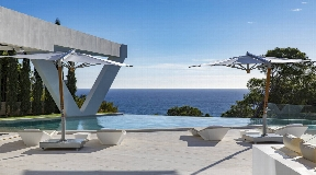 Minimalist villa with beautiful sea views in the desirable area of Es Cubells