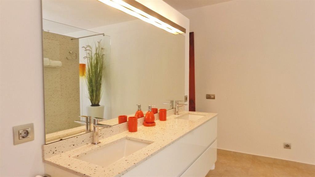 New modern villa in San Rafael with best views for sale