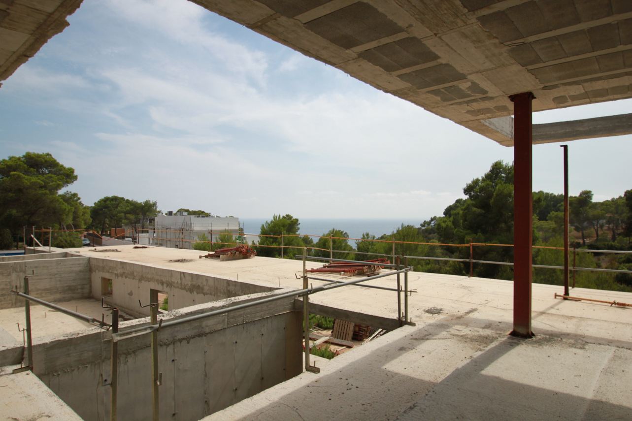 Structure for sale in the exclusive private urbanization of Vista Alegre