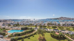 Exclusive duplex penthouse prime location on Ibiza