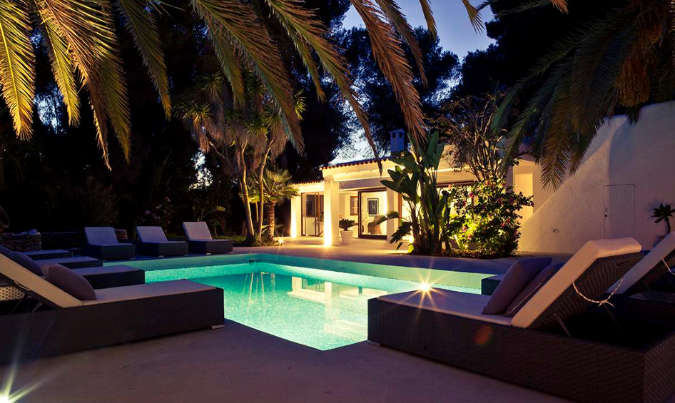 Stunning newly renovated luxury detached villa near Ibiza