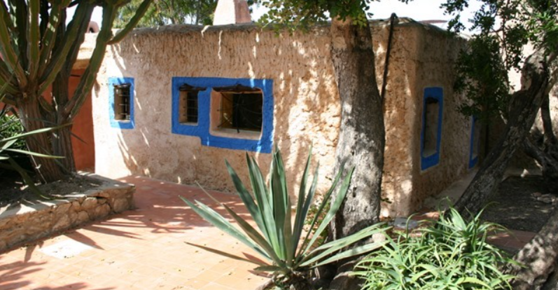 300 years old Finca property on Ibiza with touristic licence