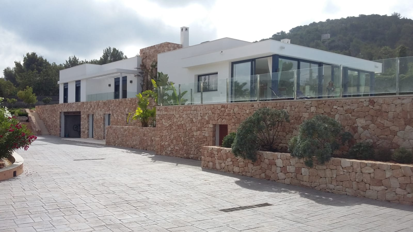 Exclusive villa is located in a privileged area of Jesus