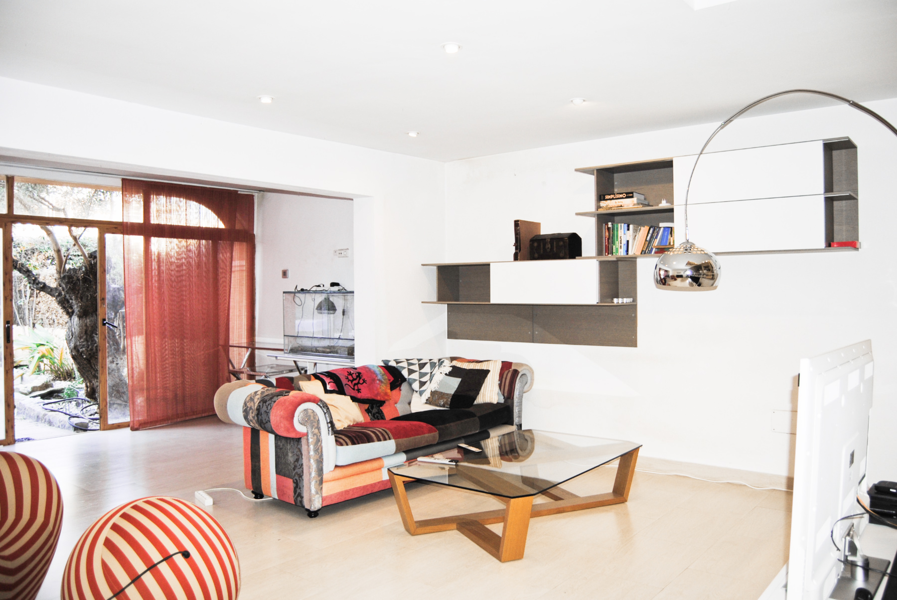 Spacious townhouse on various levels in a central neighbourhood
