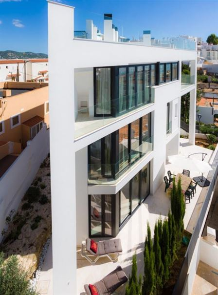 3-storey building for sale in Los Molinos Ibiza
