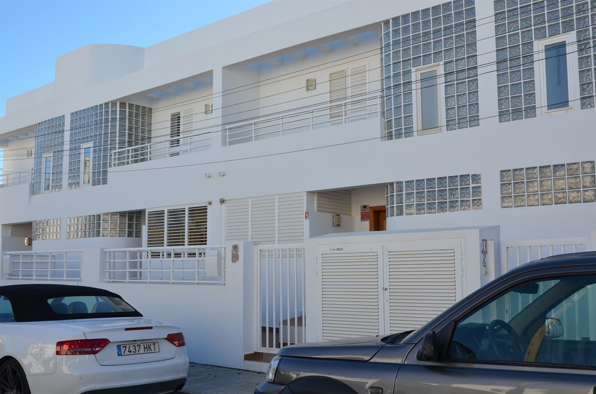 Beautifully designed townhouse in Illa Plana for sale