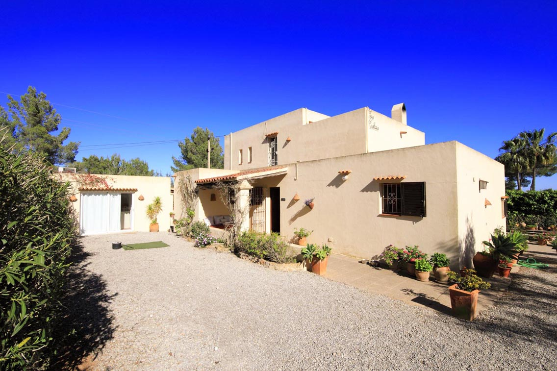Nice house of 250 m2 ideally located near to Ibiza