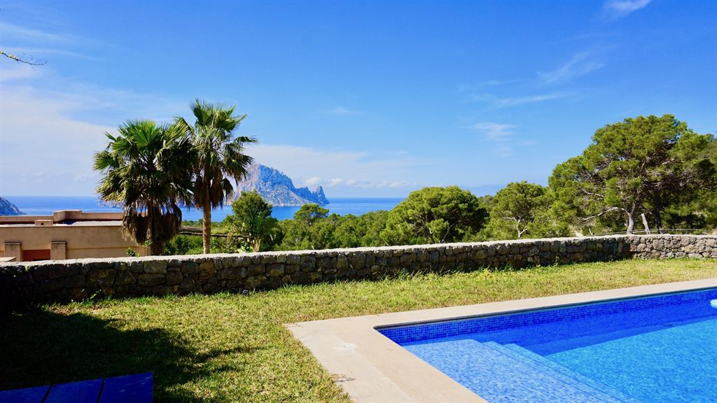 Very nice town house with views to Es Vedra and the sea