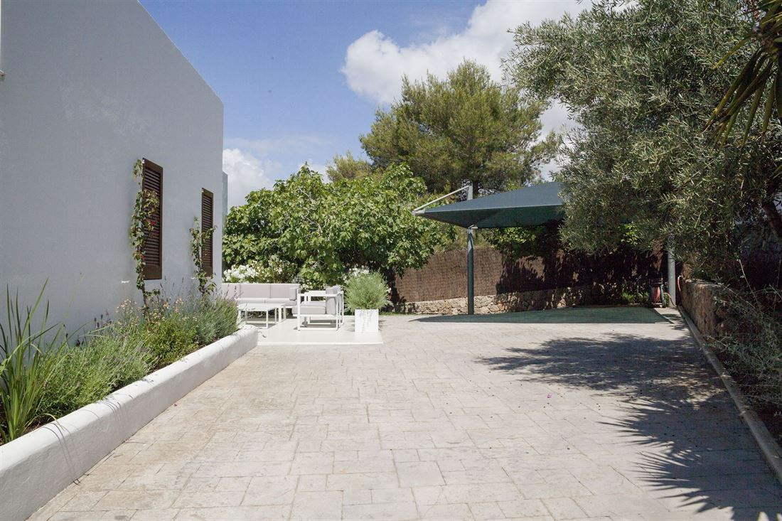 Highly reformed villa for sale in Jesus Can Pep Simo