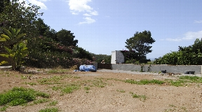 Urban plot for sale with submitted project in the closed residence Can Furnet with sea view and view to the old town