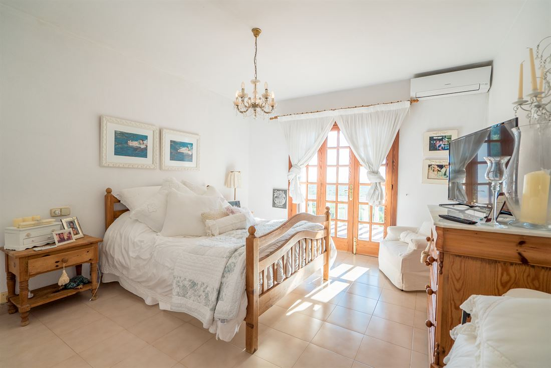 Superb traditional Ibizan styled villa for sale in Sant Carles de Peralta