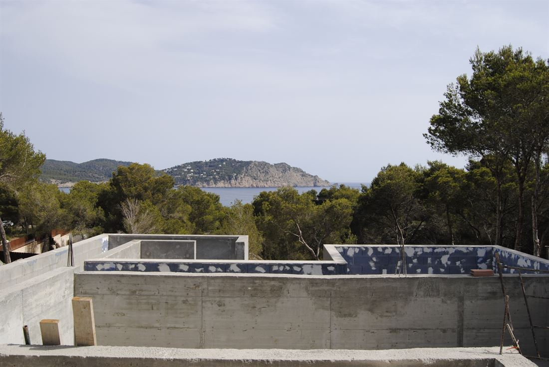 Modern villa under construction in prime location with wonderful sea views in San Carlos