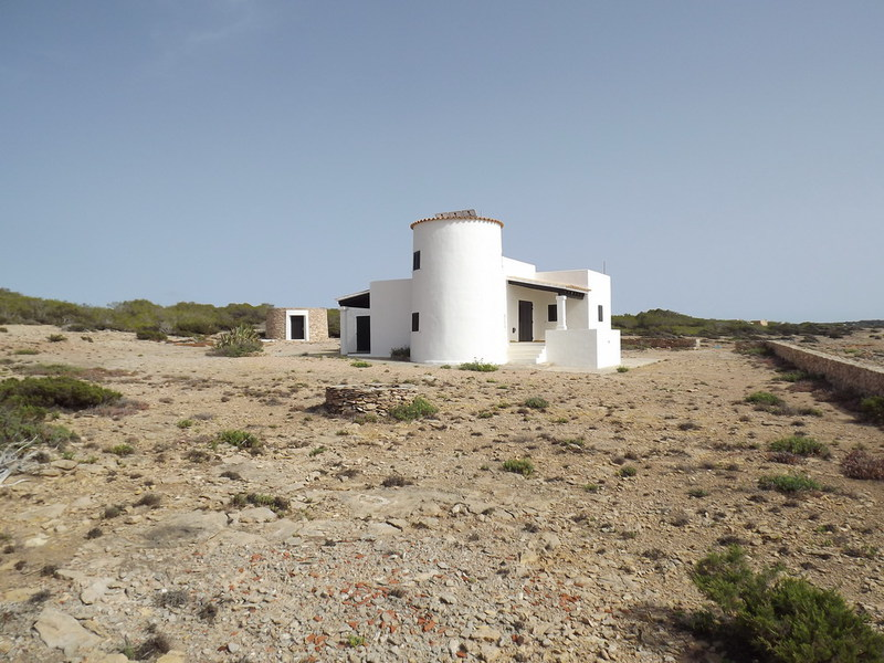 Superb villa with nice views in Cala Saona for sale