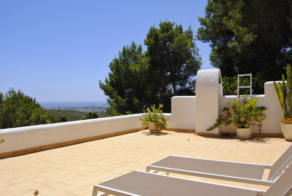 Mediterrane villa with incredible sea views on top of Can Furnet