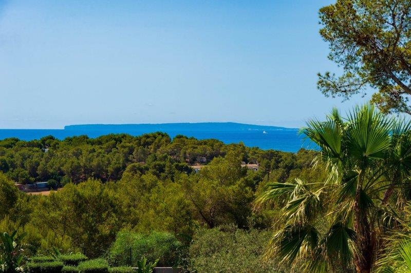 Luxury villa with 10 bedrooms and nice views in Can Pep Simo