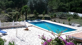 Superb 2-storey villa with garden and pool situated in San Josep