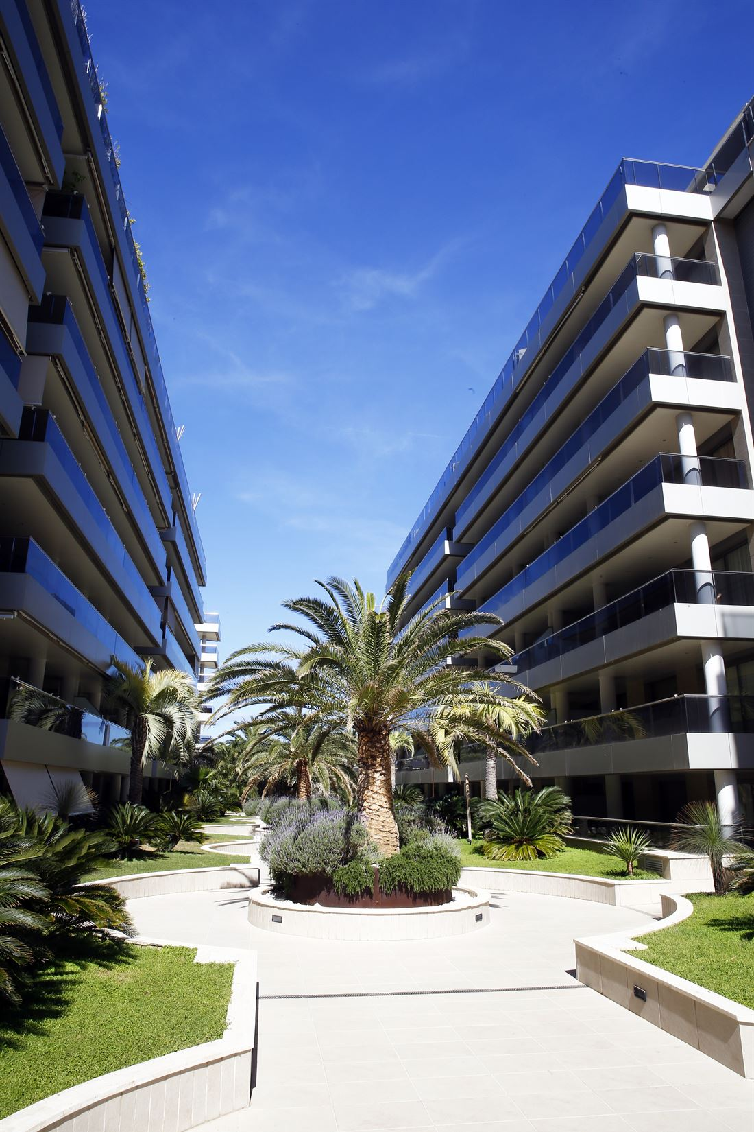 Nice apartment in Marino Botafoch in the building Nueva Ibiza