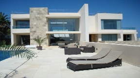 luxury villa for sale in Cala Codular near to the Beach
