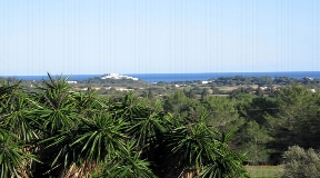 Completely renovated Ibizan finca in top condition for sale on Ibiza